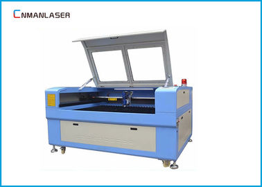 Surat Plastik Acrylic CO2 Laser Cutting Machine Dengan 80w Tabung CW-5000 Water Chiller